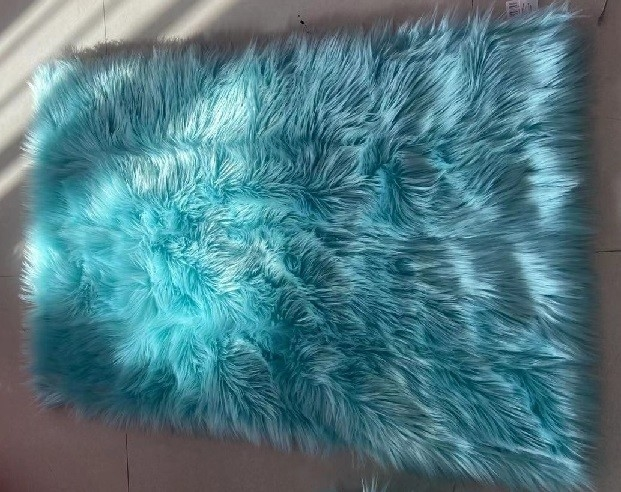 Light Blue Supersoft  90x150cm Polyester Area Rugs Plush Faux Fur Rug